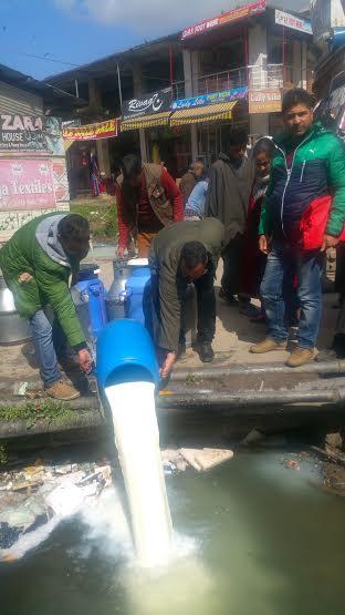 Milk Deestroyed in Islamabad