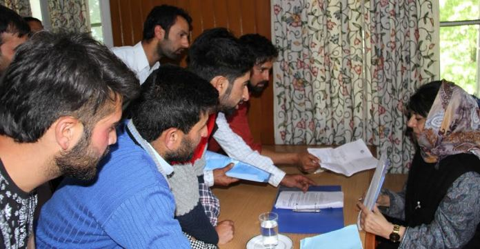 CM Mehbooba with Youth of Valley on May 07, 2016 at Srinagar banquet hall 1