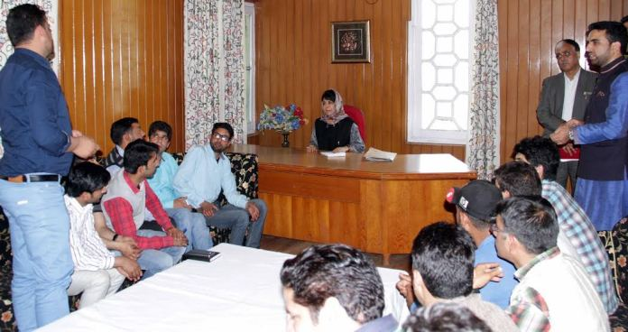 CM Mehbooba met several delegations of youth from across Valley on May 07, 2016 at Srinagar banquet hall.