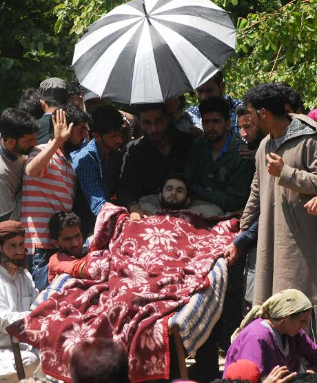 Funeral of militants killed on May 07, 2016 in Pulwama photo by Bilal Bahadur