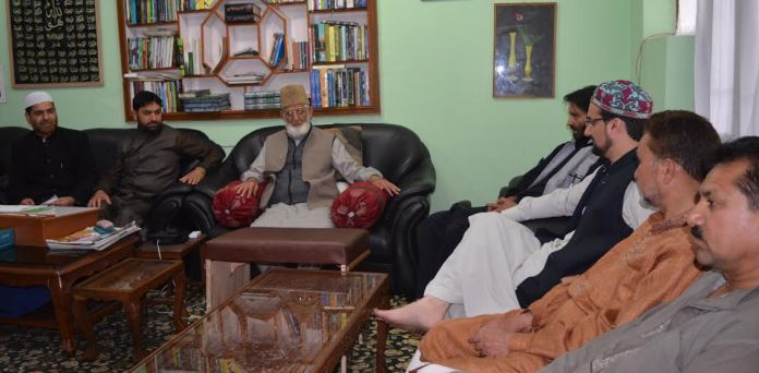 Syed Ali Geelani, Yasin Malik, Mirwaiz Umar Farooq at Hyderpora on May 23, 2016 to discuss political issues