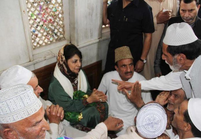 CM @ Makhdoom Sahab 1