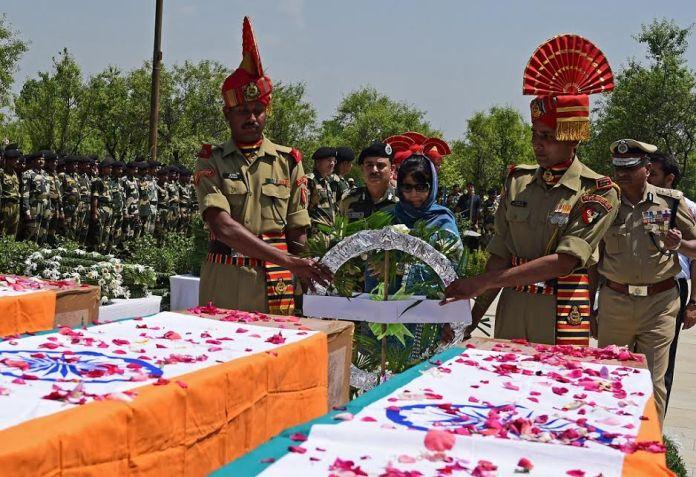 CM Wreath BSF