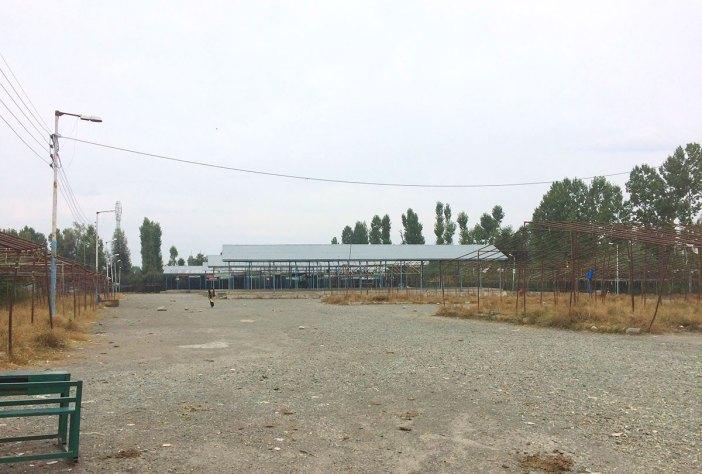A deserted view of Shopian's Fruit Mandi.