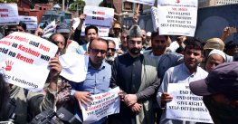 Watch: Mirwaiz protests against PM Modi's visit, detained