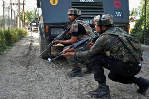 Gunfight Underway In South Kashmir's Shopian