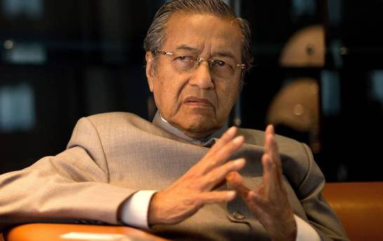 Uncertainty Grows In Malaysia As King Rejects Mahathir's Plan