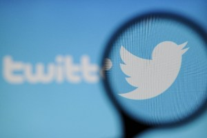 Twitter Tests New Voice Tweeting Feature