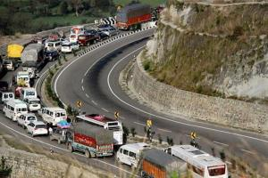 Kashmir Highway Reopens After 2 Days