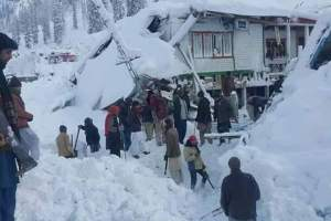 Avalanches Claims 67 Lives in Pak Kashmir