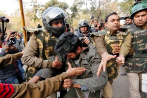 Delhi Police Stop Anti-CAA March From Jamia To Parliament