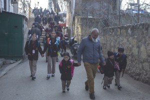 Students Return To Schools In Kashmir After 7 Months