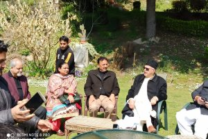 Farooq Wants All Detainees To Be Brought Back To J&K