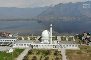 An Eerie Calm Descendes on Dargah, Hazratbal