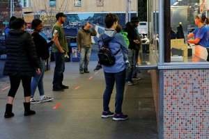 US Decides Against Extending Social Distancing Guidelines