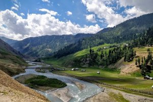 Ban On Public Entry In Gurez Valley Lifted
