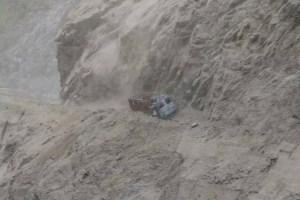 Landslides Close Highway, 2000 Vehicles Stranded