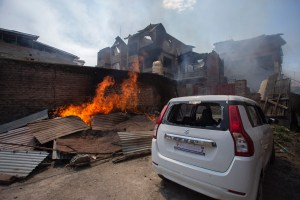 Nawa Kadal Residents Allege Arson, Loot