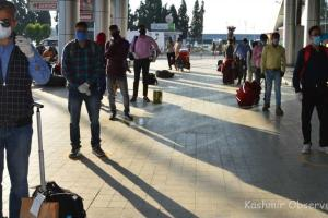 562 Stranded Kashmiris Return Home In Six Flights