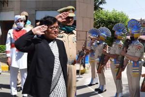 HC Resumes Functioning in Srinagar