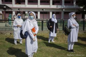 Thin Attendance As Schools Reopen In Kashmir