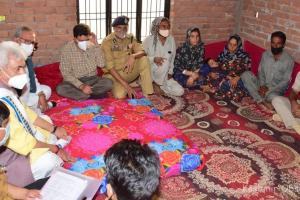 LG Meets Kin Of Youth Killed in Shopian 'Encounter', Promises Justice