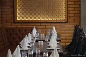 Kashmir Traders Body Demands Reopening Of Restaurants In Srinagar