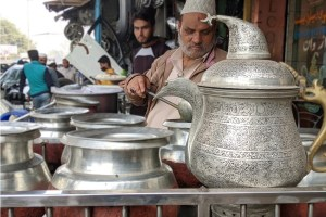 KASHMIR In Capital: Old Delhi's Delicacy Maker