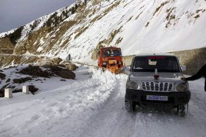 Highway to Kashmir Closed For 5 Days After Road Caves In