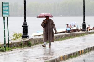 Dry Weather Across J&K From Today: Lotus