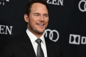 As 'The Tomorrow War' Debuts Online, Chris Pratt Wants Mobile Phones Off