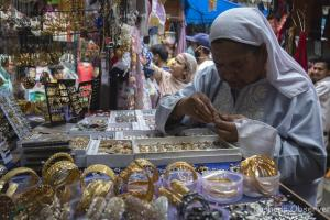 Easing Of Covid Restrictions Helps Traders Make Up For Losses On Eid Eve
