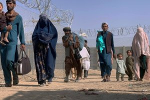 Pakistan To US: Abandoning Afghanistan Risks Humanitarian Crisis