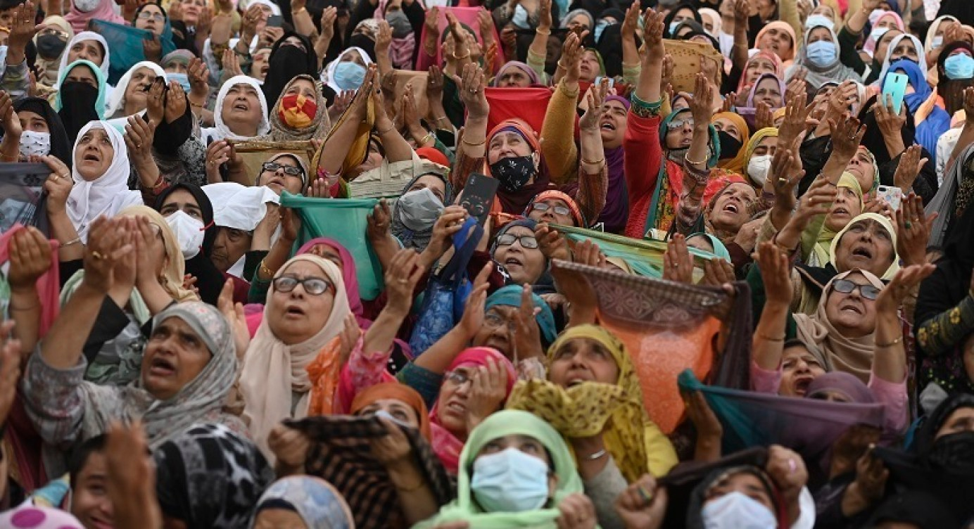 Friday Following Eid-e-Milad Observed