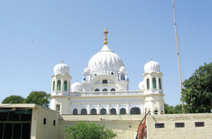China welcomes India-Pakistan initiative to open Kartarpur corridor