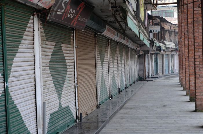 Kashmir economy crippled: Rs 18,000 crore economic losses in 4 months, says KCCI report