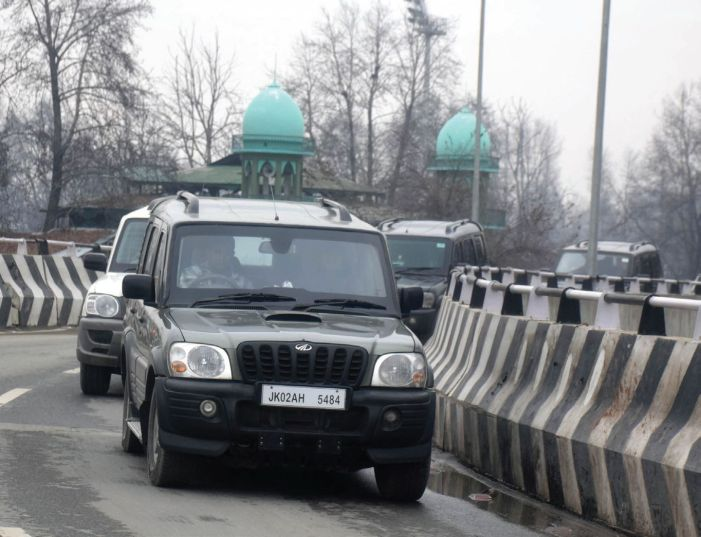 Foreign diplomats arrive in Kashmir to assess situation