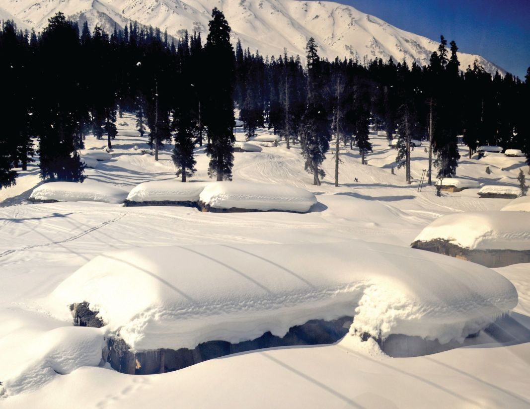 Mountain lodges in upper reaches of Gulmarg
