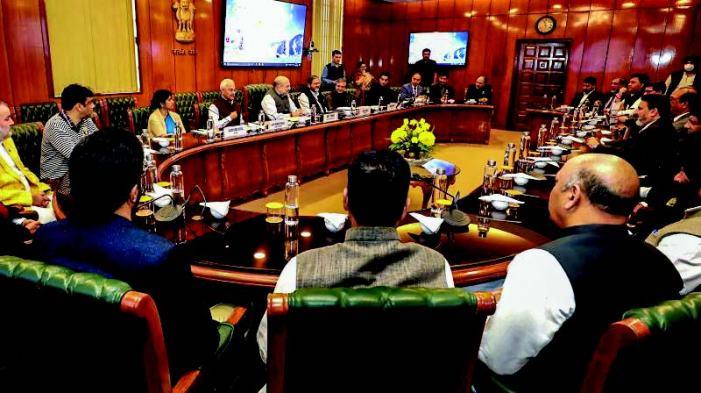 Bukhari-led Apni Party delegation meets Amit Shah