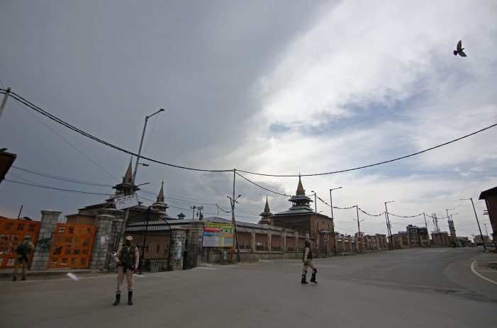 Srinagar Admin orders complete lockdown till May 31