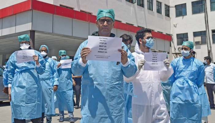 Kashmir doctors speak up against police harassment