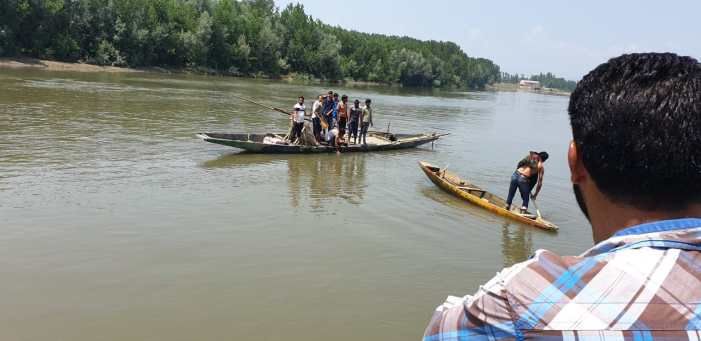 Baramulla teenager's body fished out from Jhelum day after drowning