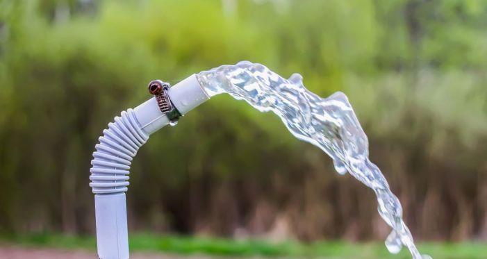 Shopian admin to act tough over misuse of potable water