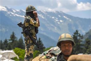 Centre orders immediate withdrawal of 10,000 CAPF troops from J&K
