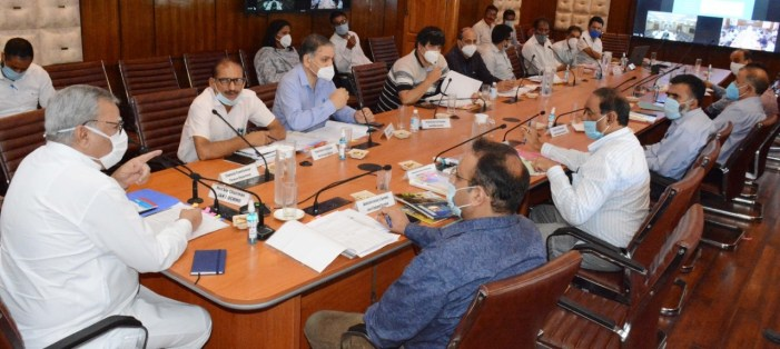 Advisor Khan chairs 17th Board Meeting of JKBOCWWB