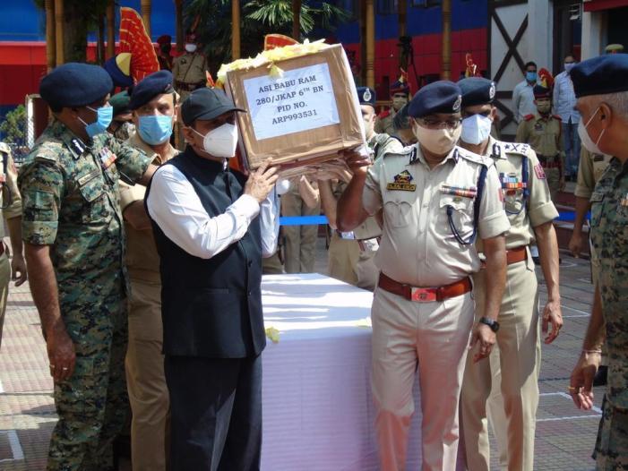 J&K Police lose 'experienced' counter-insurgency cop in Srinagar gunfight