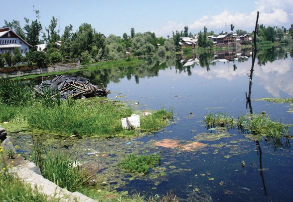 Nobody's Lake: Not in our jurisdiction, says LAWDA; not ours, too, says SMC