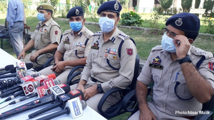 4 held along with 6 kg contraband 'resembling cocaine' in north Kashmir's Baramulla