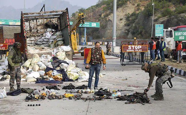 Gun battle on highway, 4 Jaish militants with 'big plan' killed