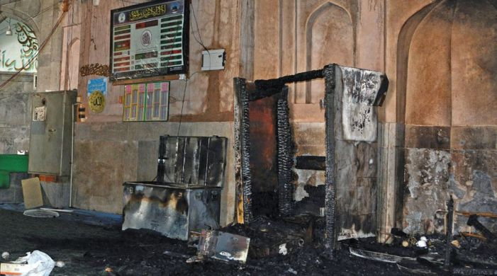 Pathar Masjid's stone walls withstand fire but wooden pulpit, almirah damaged